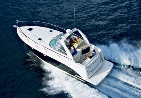 Rinker 360 Express Cruiser Rinker 360 Express Cruiser