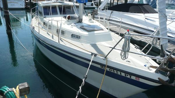 LM 30 Pilothouse Starboard bow