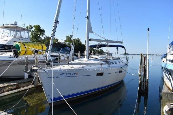 Beneteau 370 At Dock