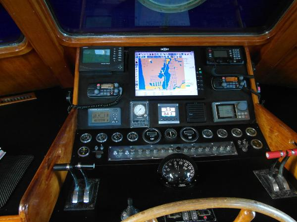 Pilothouse Helm / Electronics