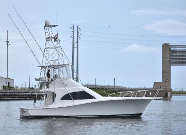 Luhrs 44 Convertible