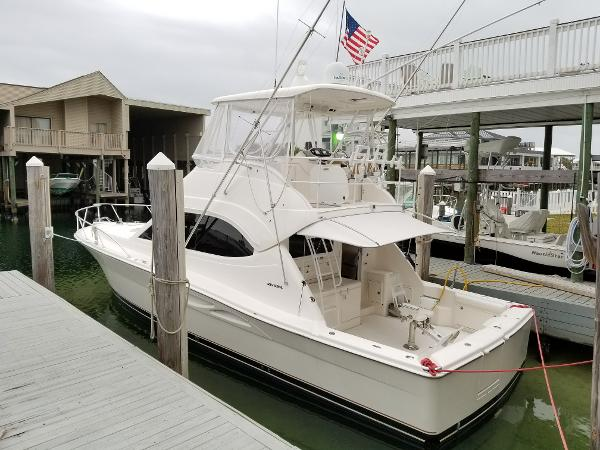Riviera FLYBRIDGE Cat engine warranty