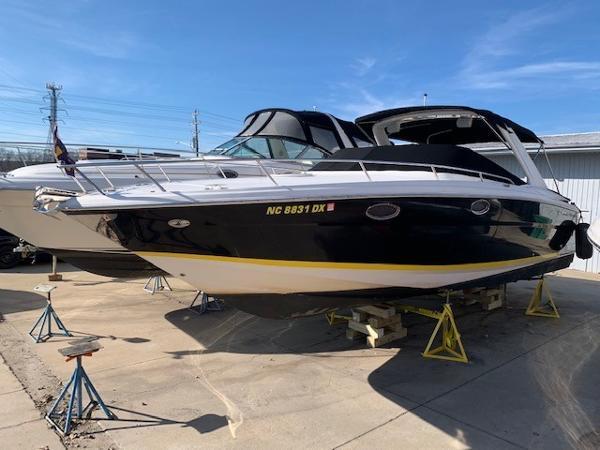 Regal 3350 Sport Cruiser