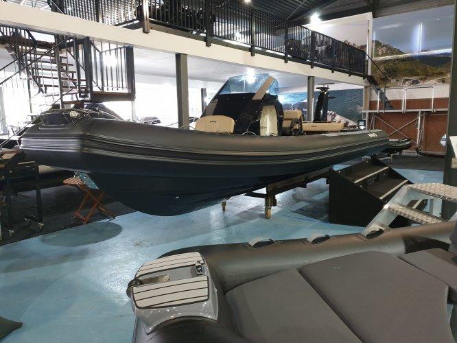 Brig Eagle 8 NIEUW met Mercury Verado 350 pk DIRECT VAREN!