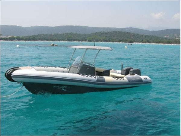 Sea Hawk 285