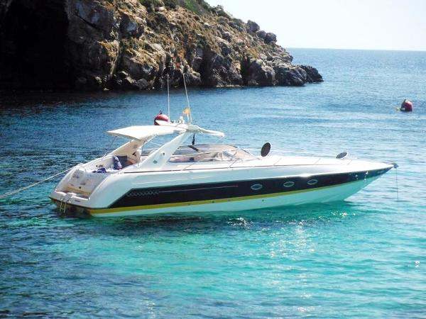 Sunseeker Tomahawk 41 Starboard view