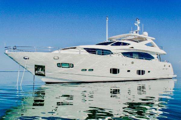 Sunseeker 30M Yacht