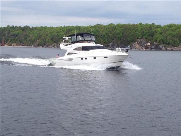 Viking Sport Cruisers 56 Flybridge Yacht