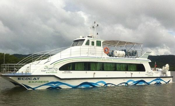 Custom Catamaran Ecocat