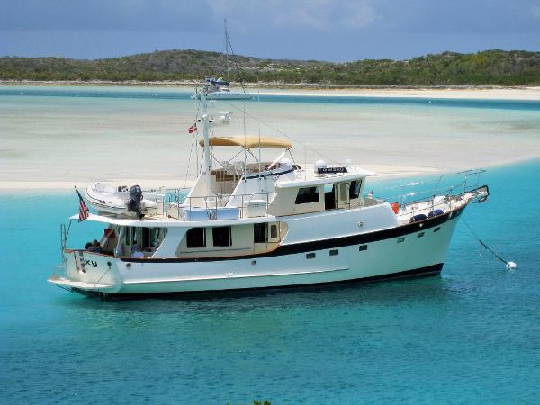 Kadey Krogen 58 Exterior starboard