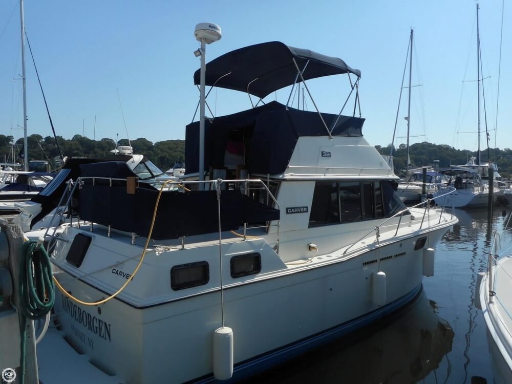 Carver 3207 Aft Cabin 1984 Carver 3207 Aft Cabin for sale in Huntington, NY