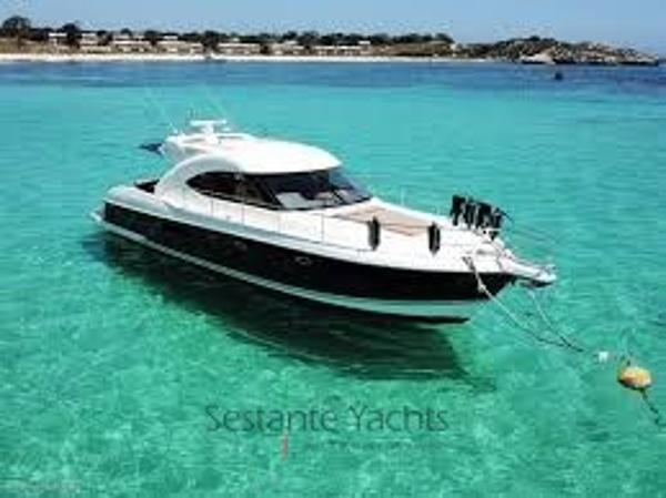 Riviera 4400 Sport Yacht images (5)