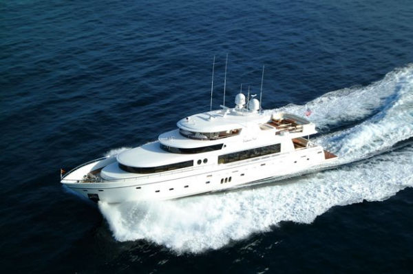 Johnson 105 Motor Yacht Photo 1