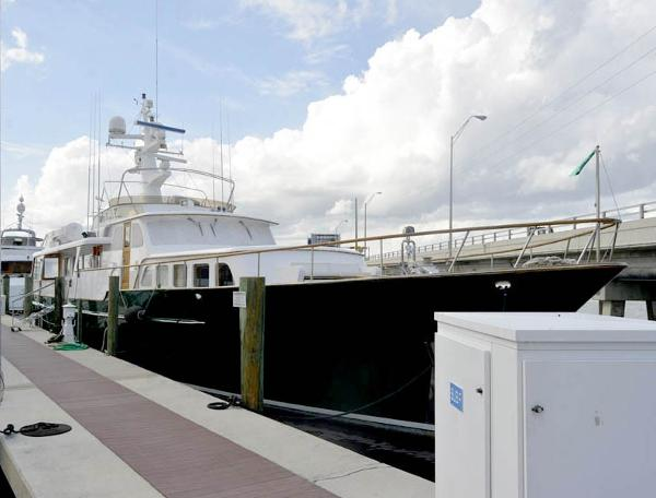 Feadship Motor Yacht Side View
