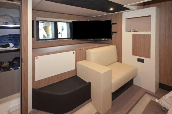 Master Cabin Led TV and Seat
