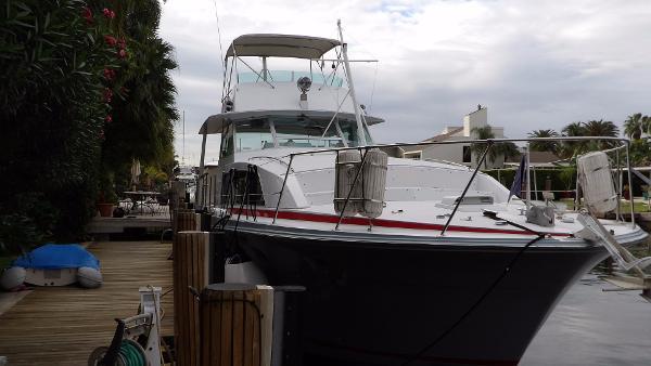 Bertram Motor Yacht