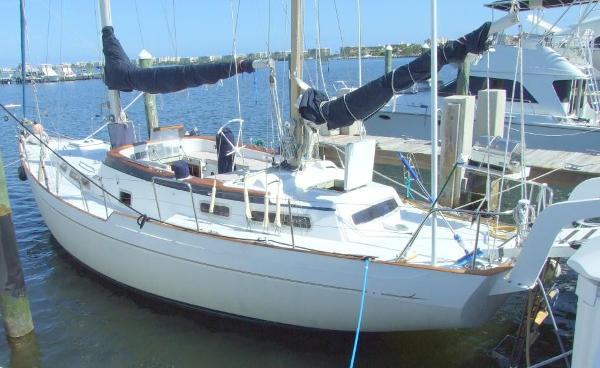 Camper & Nicholsons 44 CC Ketch Port Profile