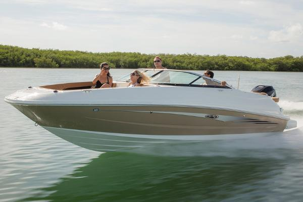 Sea Ray 240 Sundeck Outboard Manufacturer Provided Image