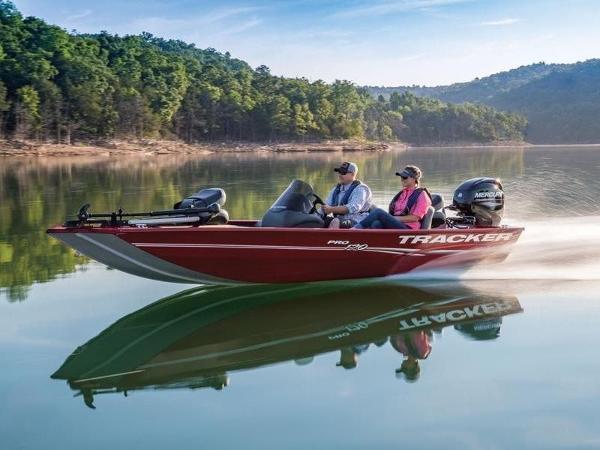 Tracker ® Boats Pro 170