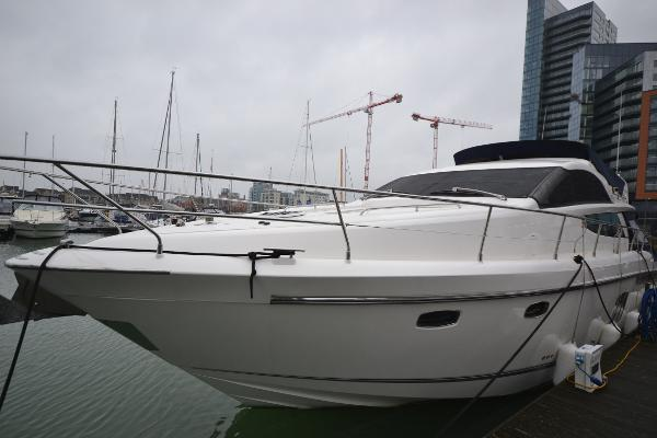 Fairline Phantom 48 Fairline Phantom 48