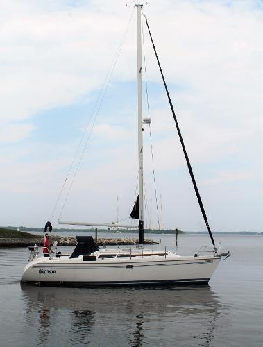 Catalina 350 Stb Profile