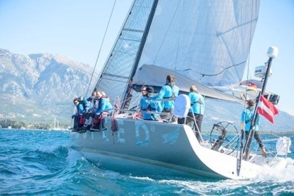 Farr 520 Performance Sailing Farr 520