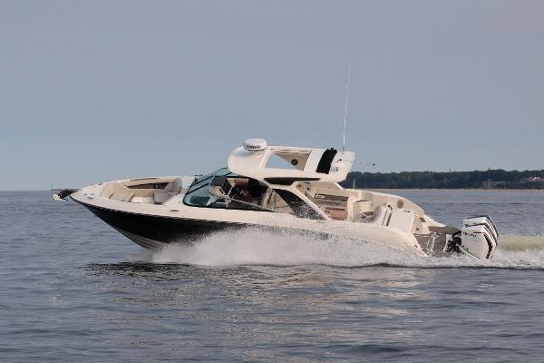 Sea Ray SLX 350 OB Manufacturer Provided Image
