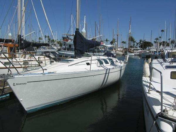Beneteau 35 S5 Docked
