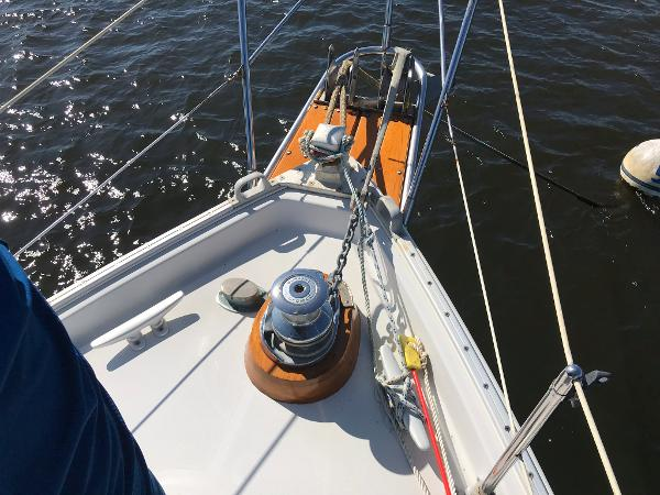 Nonsuch 33 Windlass / Roller