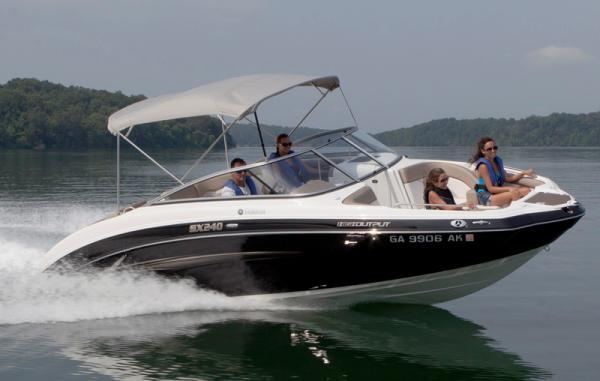 Yamaha Boats SX240 HO Manufacturer Provided Image
