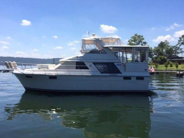 Carver Yachts 4207