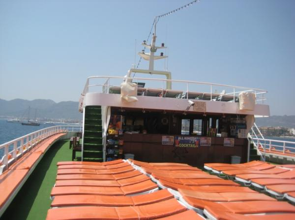 42 m Excursion vessel / sundeck cushions