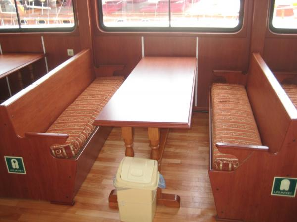 42 m Excursion vessel /Seating close-up