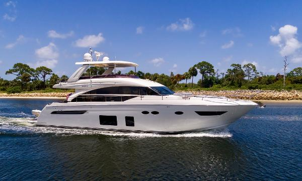 Princess Flybridge 68 Motoryacht Profile
