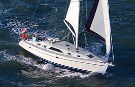 Catalina 445 3-cabin Selden in-mast furling system with vertical battens
