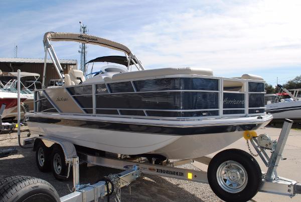 Hurricane 196 Fundeck Outboard Deckboat 2017 Hurricane Fundeck 196 Outboard Deck Boat