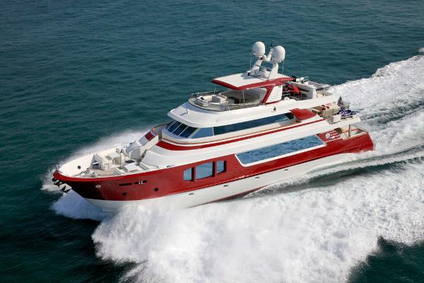 MCP Yachts Europa 100