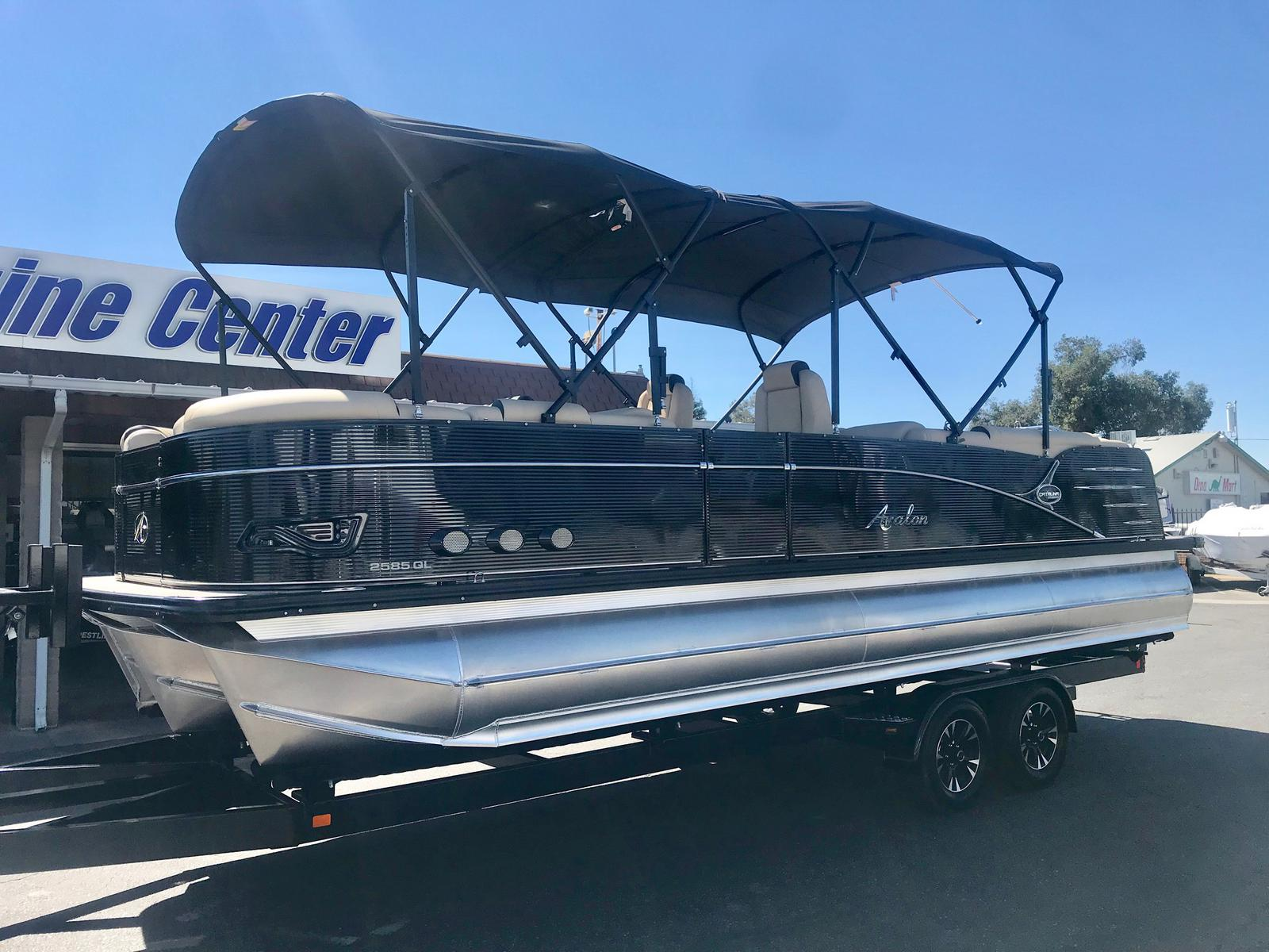 Avalon Catalina Platinum Quad Lounge 25' w/ 250 HP Mercury Verado!