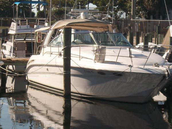 Sea Ray 410 Express Cruiser 2003 Sea Ray 410 Express Cruiser
