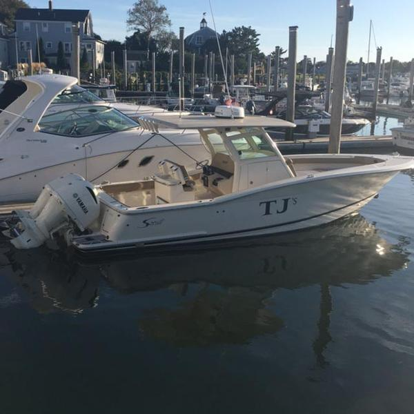 Scout 300 LXF Center Console