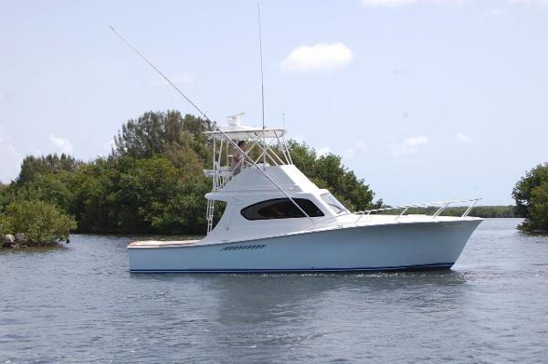 Ocean Yachts 37 Billfish Convertible