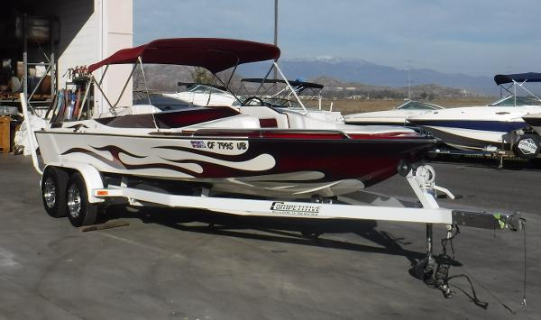 Genesis Boats 215 RS