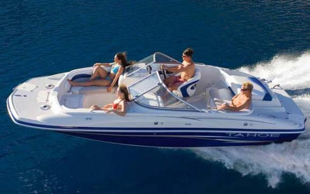 Tahoe 215 WT Deck Boat Manufacturer Provided Image