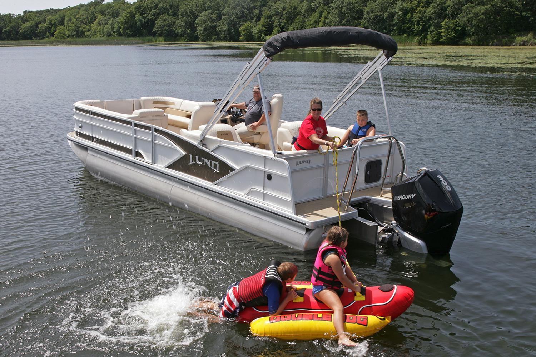 Lund Boat image