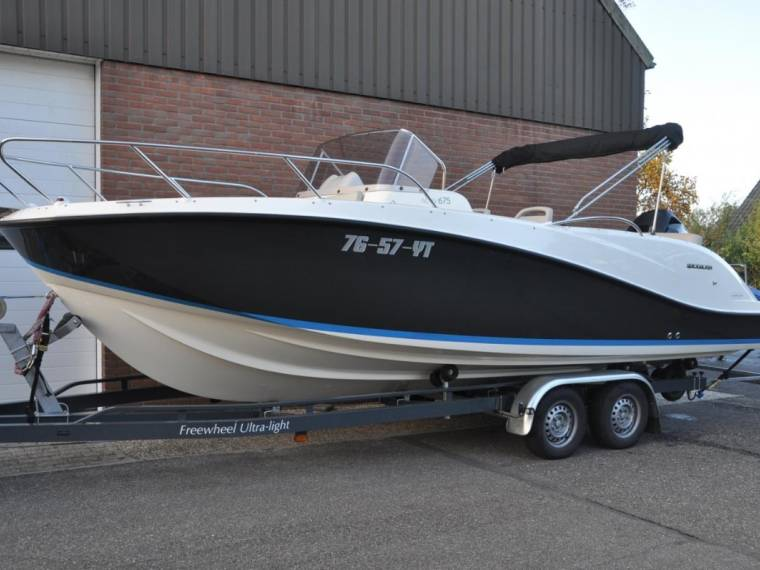 Quicksilver Quicksilver Activ 675 Sundeck
