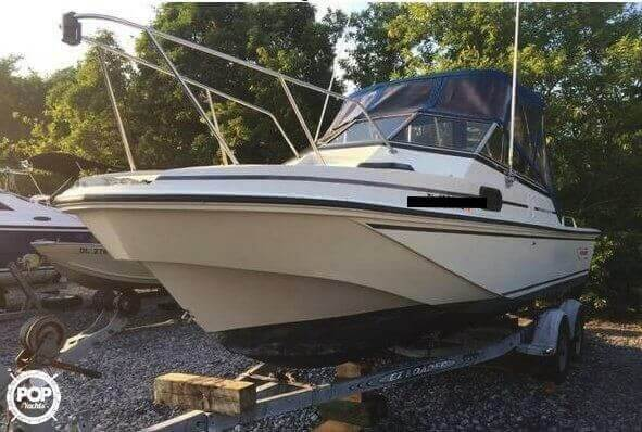 Boston Whaler 22 Revenge 1988 Boston Whaler Revenge 22 W.T. for sale in Millsboro, DE