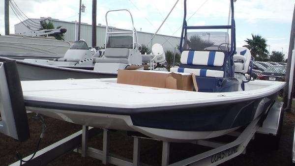 Majek Boats 2206 Illusion