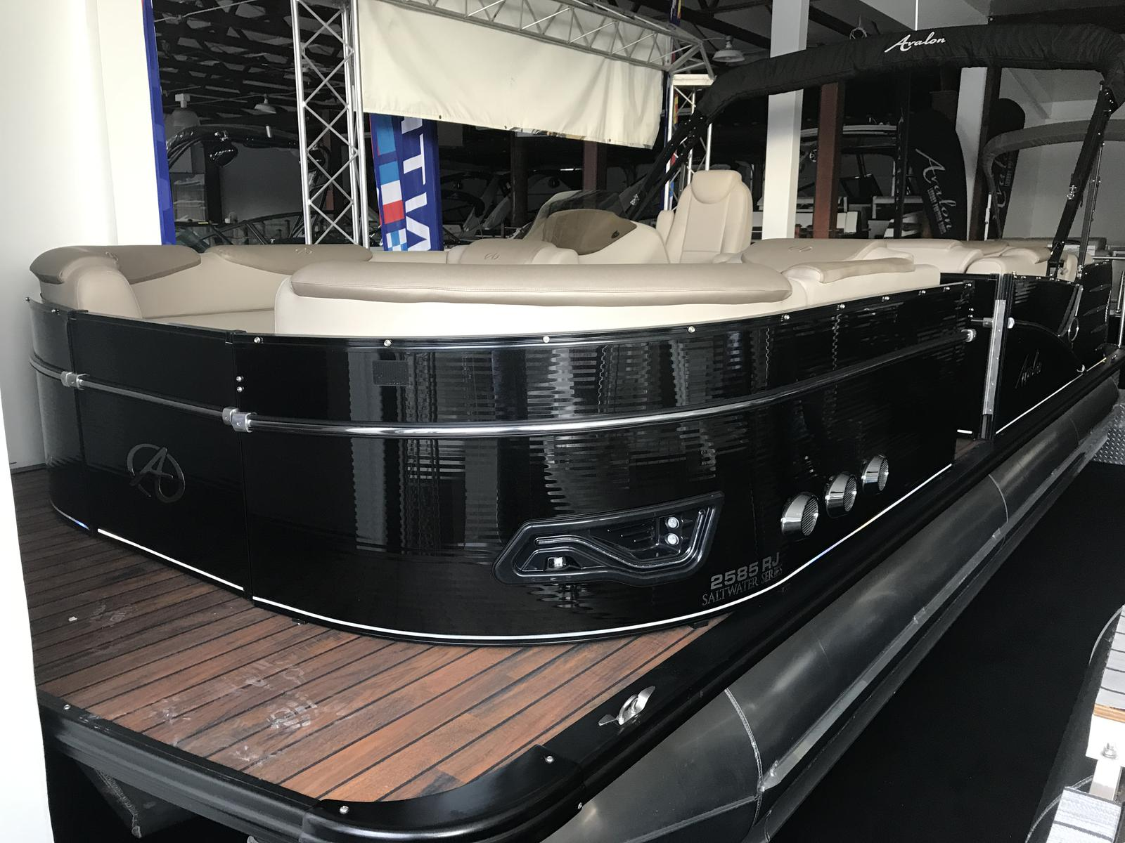 Avalon 2585 Rear J Lounger