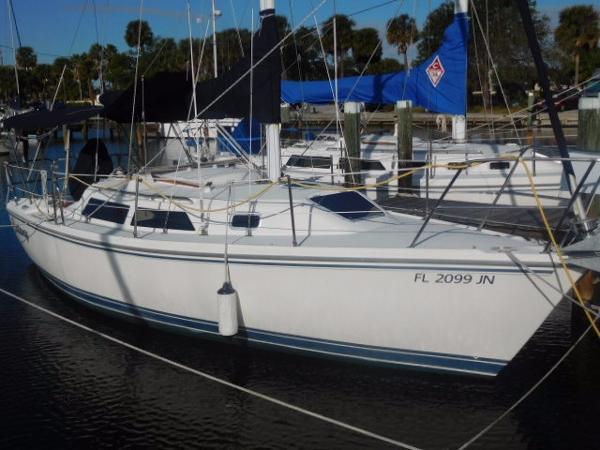 Catalina 28 Starboard Profile