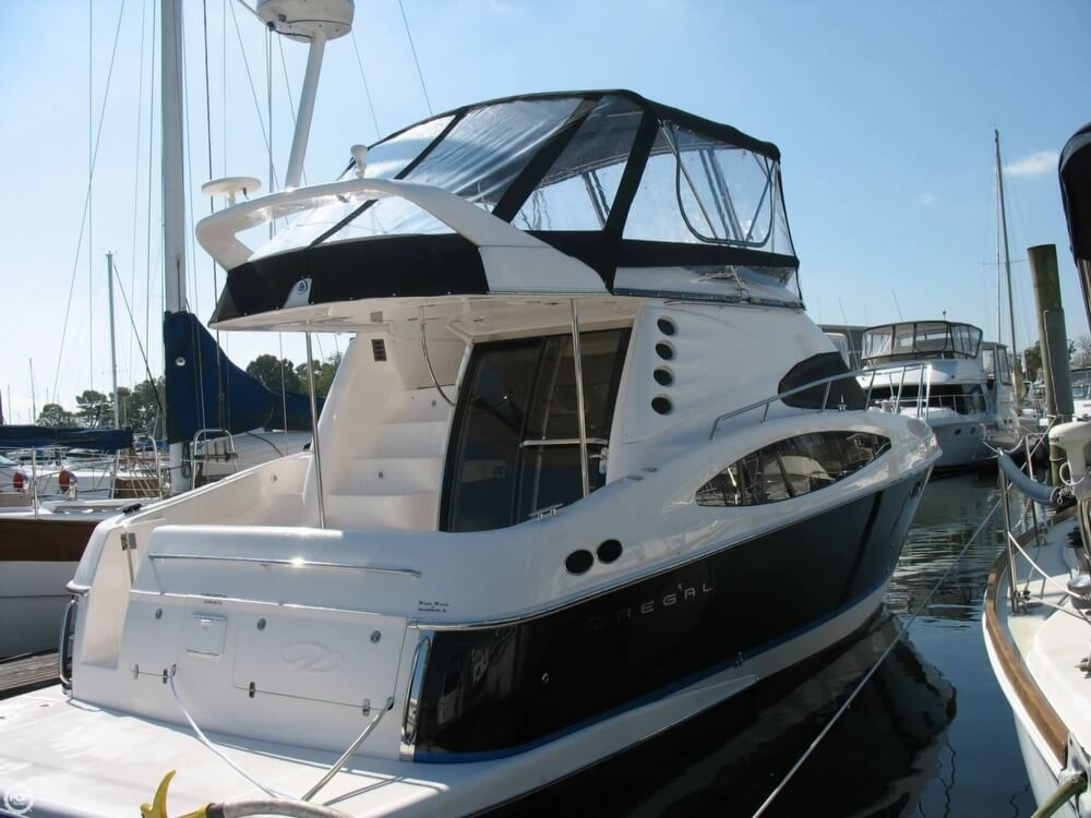 Regal 3880 Fly Bridge 2006 Regal 3880 Sedan Bridge for sale in Portsmouth, VA